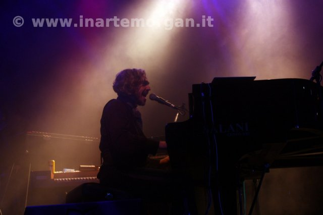 morgan_estragon_bologna_01-10-2011_02